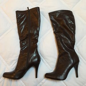 Steve Madden Chocolate Brown Heeled Boots